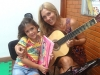 Professora Mariana e Luna