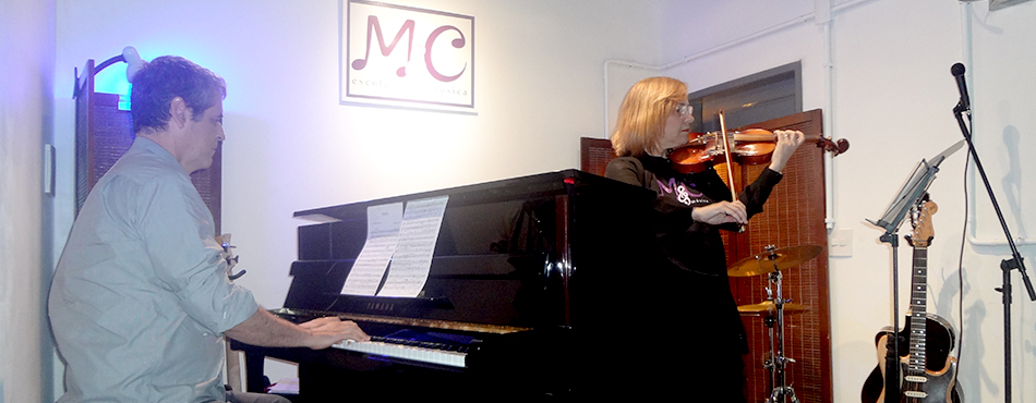 Violino e piano.